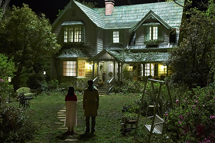 Hansel and Gretel - Standing outside the spooky ass house